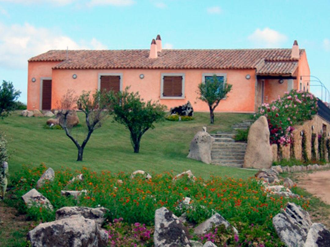 Villa esclusiva con piscina a 4 km da palau for Piani di casa con vista sull acqua